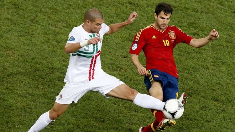 as-monaco-is-close-to-signing-fabregas-and-pepe