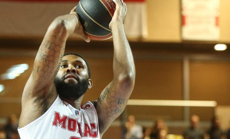 Playoffs in site for a dominant Roca Team against Bourg-en-Bresse