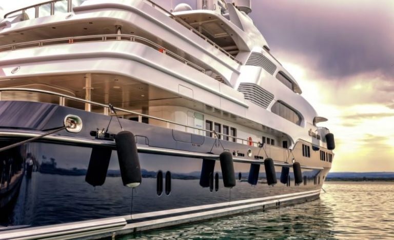 New regulations for mooring your yacht in the Mediterranean