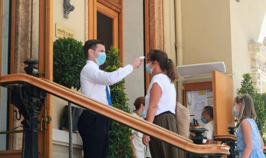 Monaco coronavirus contrôle masques