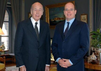 Valery-Giscard-d-Estaing-Prince-Albert-II-Monaco-min